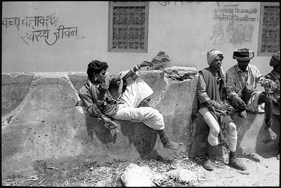 Tribal peasants, Khumbalgarh, Rajasthan, 2001