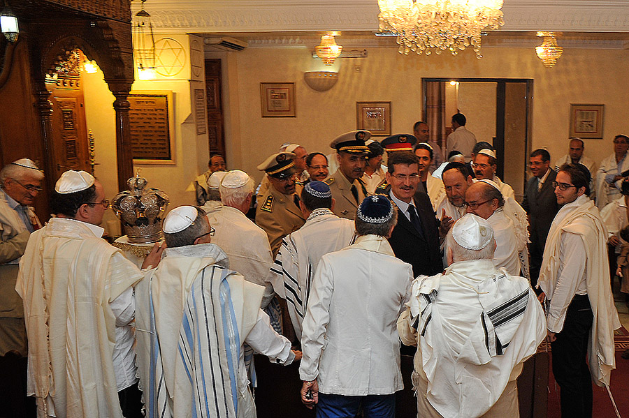 The prefect of the Marrakech region visits the Synagogue of Gueliz on Yom Kippur, Marrakech, 2012