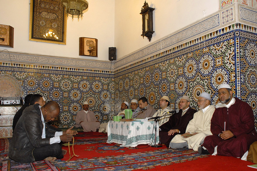 Singing the praises of the Prophet at the Zaouia Sidi Bel Abbes,  Marrakech, 2012