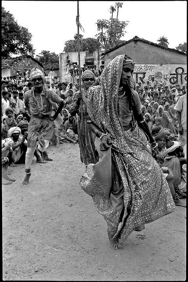 Hijra dancing, Udaipur district, Rajasthan, 1979