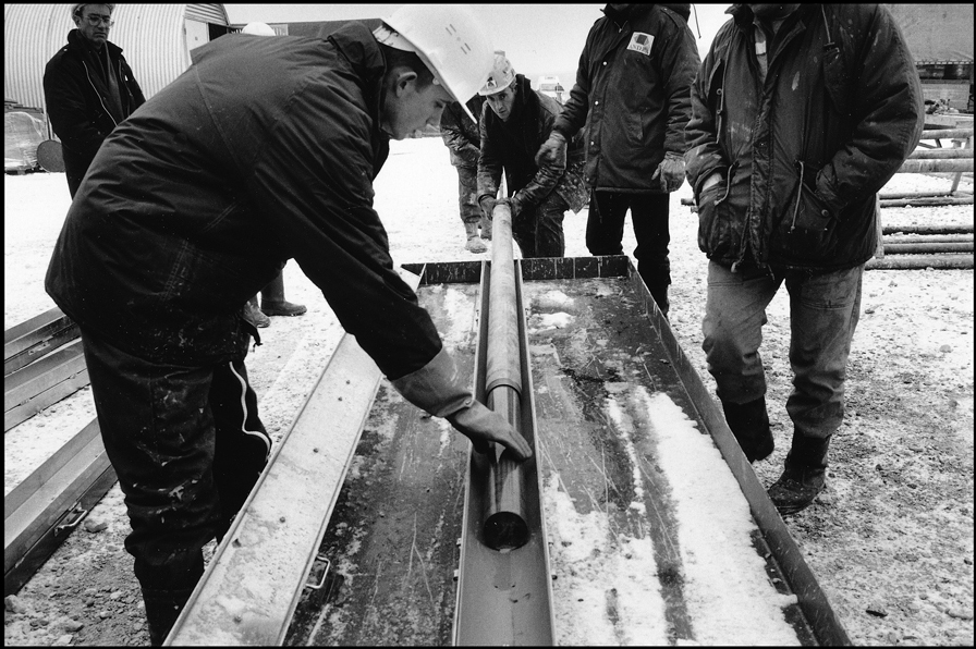 Extraction of a core from the Callovo-Oxfordian period (150 million years).