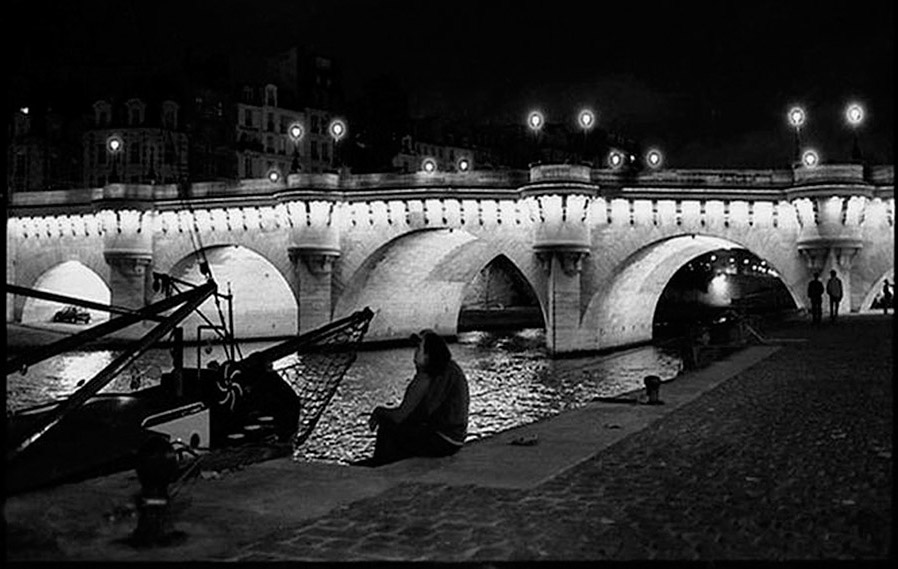 Pont Neuf and Ile de la Cité shot from Quai Conti, 2002