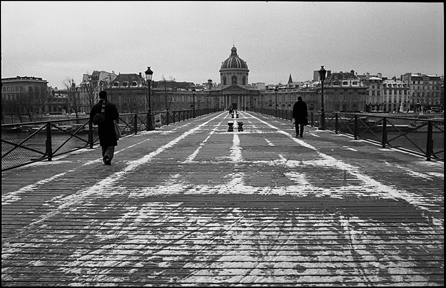Pont des Arts and Institut de France, 2005