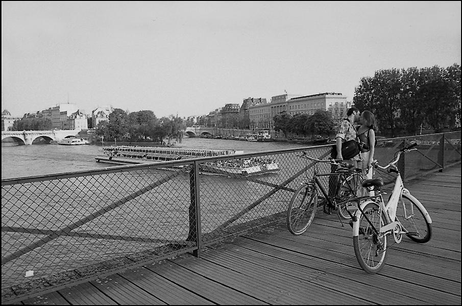 Pont des Arts, Pont Neuf and Ile de la Cité, 2004
