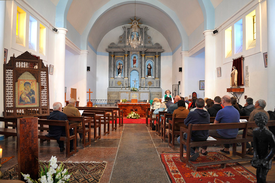 Sunday mass at Notre Dame de l'Assomption, Essaouira, 2012