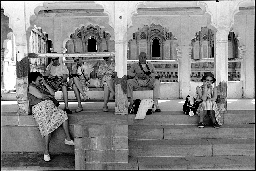 Tired tourists, Udaipur, Rajasthan, 1988