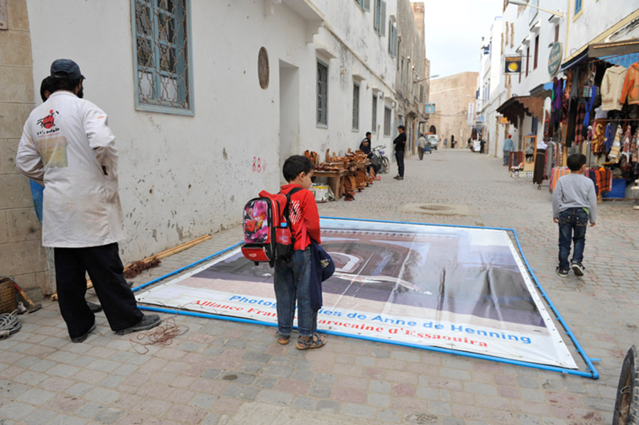 Installation of the show at Alliance Franco-Marocaine, Essaouira, 2012